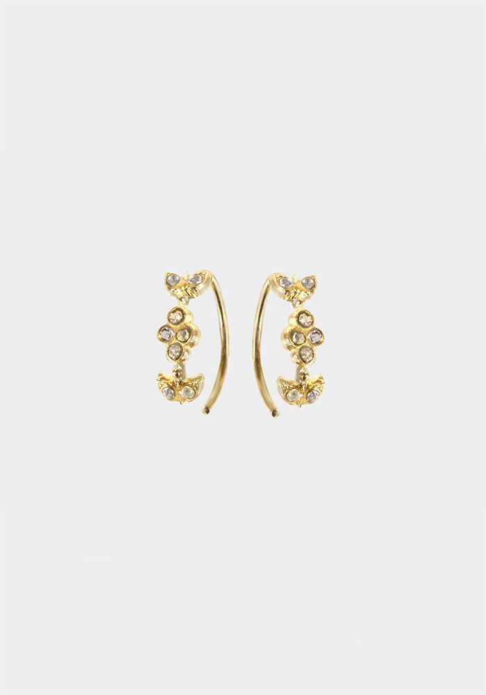 Queen earrings small